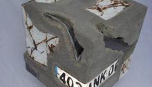 ANKH, Identité, béton + carrosserie, 44x44cm, 2012