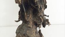 I. D'ASSIGNIES, n°28, bronze et clous fonte à la cire perdue 1/1, 17x13x8cm, fondue à l'atelier, 1992