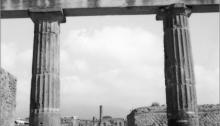 DOURENN A. Miroitique, Pompei, 35x35cm. 2011