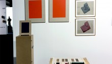 Ricardo Fernandez & Alicia Hernandez, 30 acryliques sur agglo 29x22cm. LUTRIN, ensemble ocre rouge, 95,5x27x22cm.